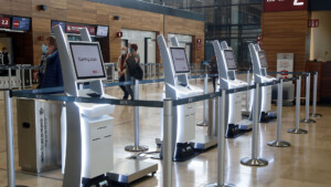 Flughafengesellschaft will über 500 Arbeitsplätze abbauen