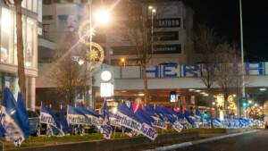 Passend zum Stadt-Derby: Hertha flaggt Berlin in blau-weiß