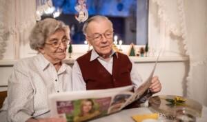Hier lesen Irmchen und Rudi ihre eiserne Liebesgeschichte