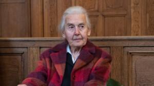 Knast-Nachschlag für Holocaust-Leugnerin Ursula Haverbeck (92)