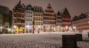 Es wintert in Deutschland – mit Schnee, Glätte und Frost